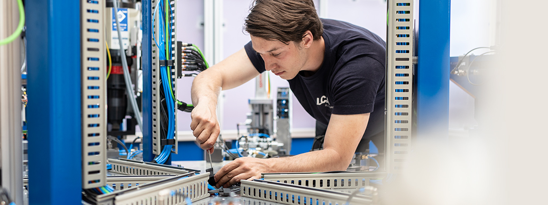 lca-automation-sondermaschinen